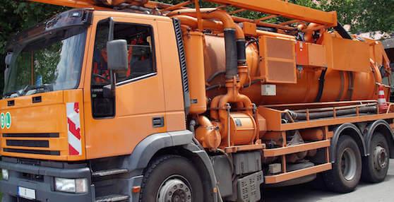 Saugwagentransporte-15633724-transport - Fettabscheiderentleerung aus München