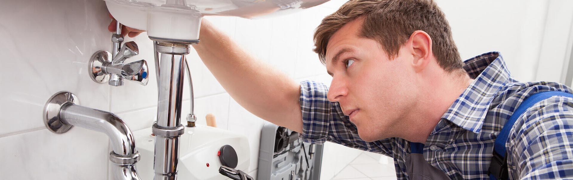 Abflussreinigung-rohreinigung-Notdienst-header-4-54345414